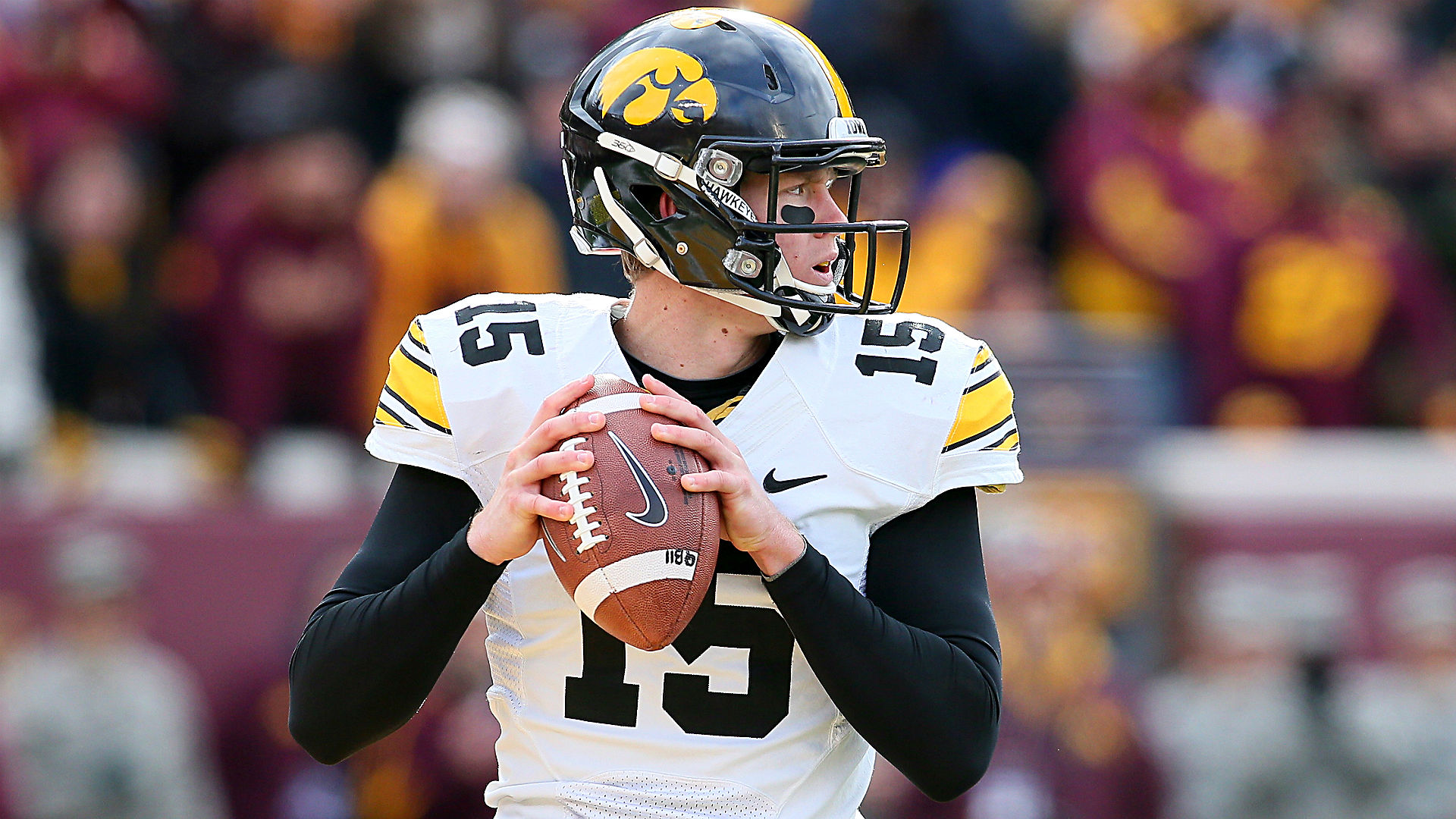 Wisconsin vs. Iowa betting preview and pick – Key battle in Big Ten West
