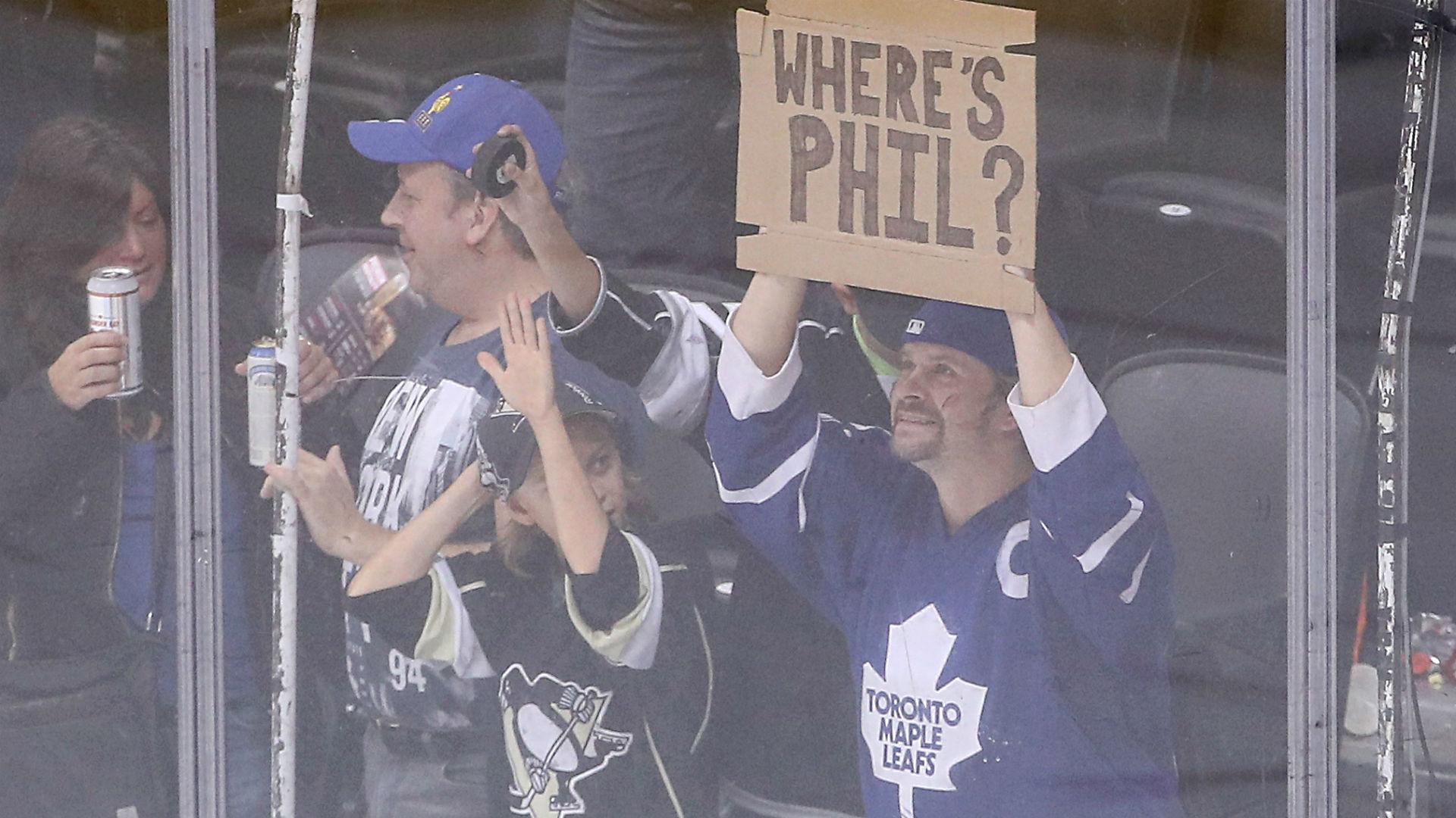 Kessel-fans-Toronto-092316-Getty-FTR.jpg