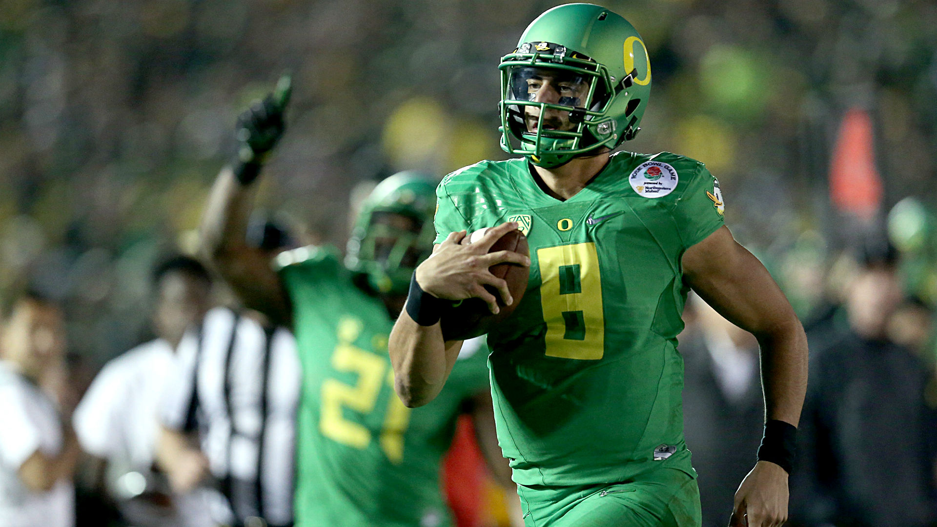 Oregon opens as touchdown favorites over Ohio State in national championship