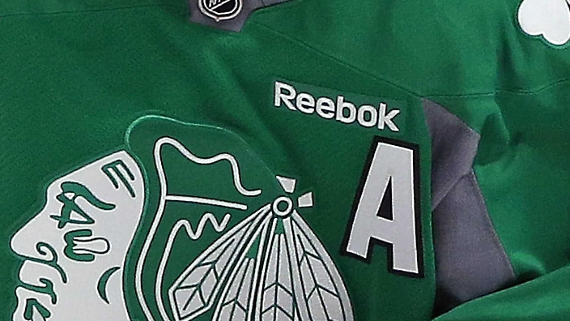 Blackhawks-uni-091814-Getty-FTR.jpg