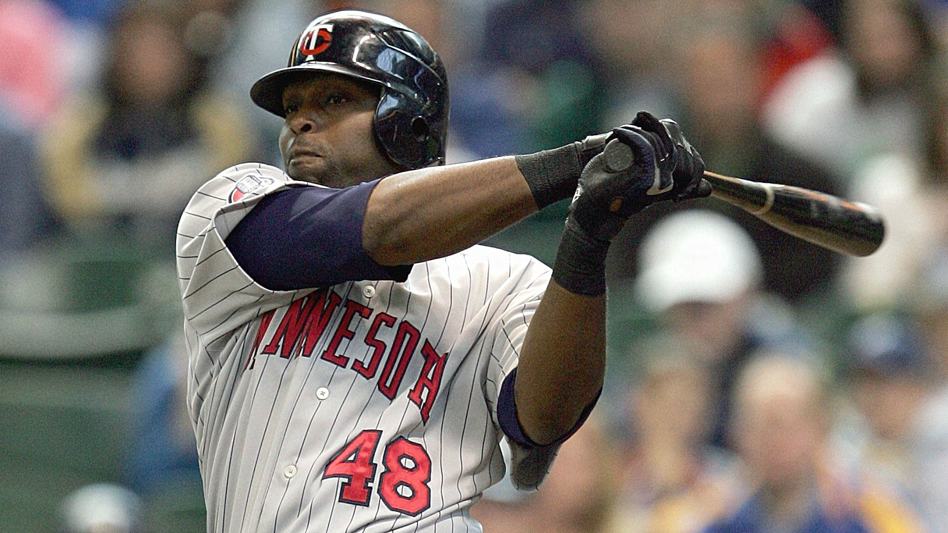 Torii Hunter apologizes for tweet about Mayweather