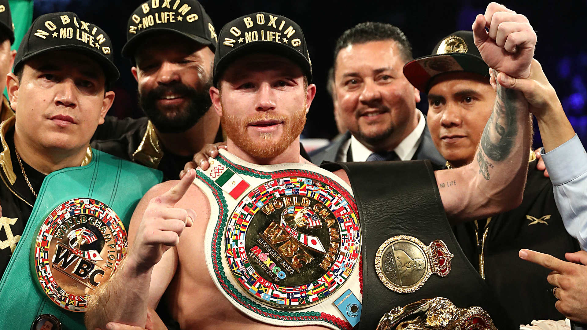 Canelo Alvarez Moving Up To 168 To Face Rocky Fielding On Dec 15 At