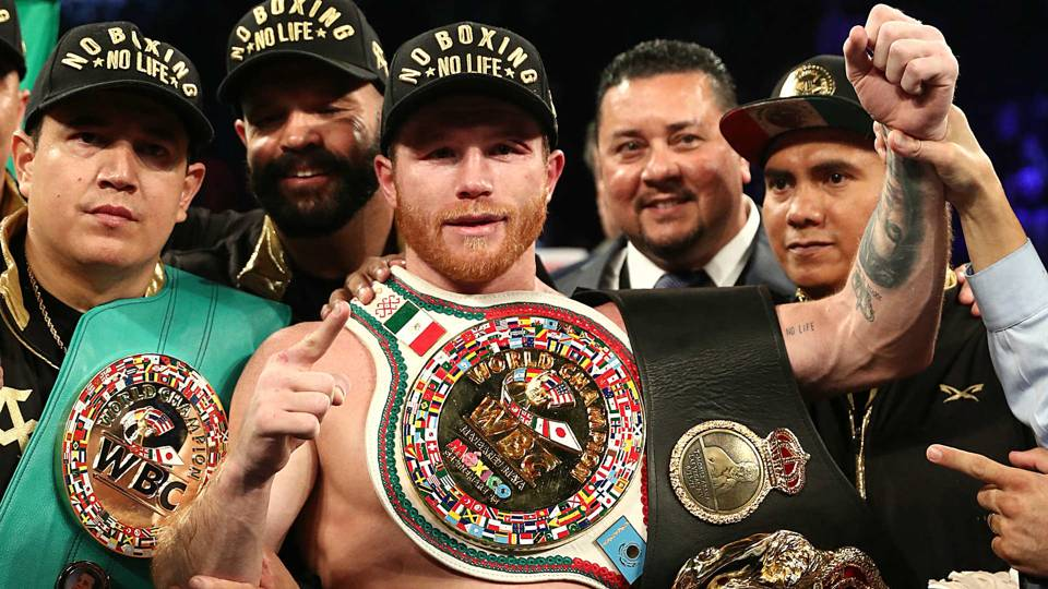 Canelo-Alvarez-belts-091518-Getty-FTR.jpg