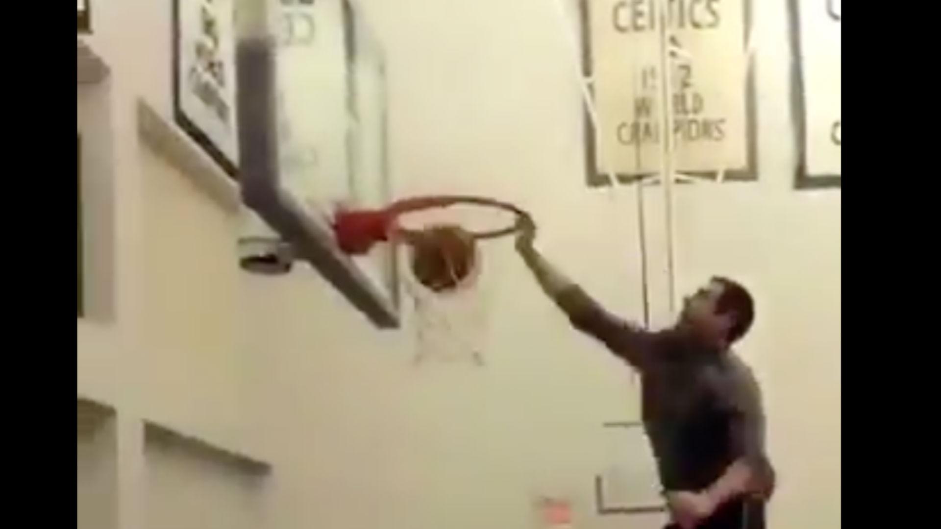 Brad Stevens dunk