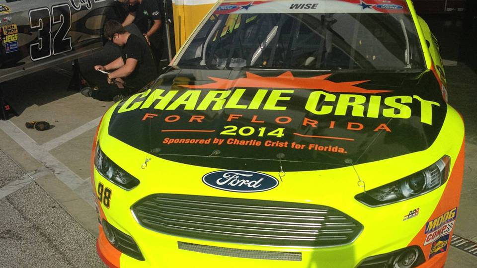 Charlie-Crist-car-FTR-070314-AP