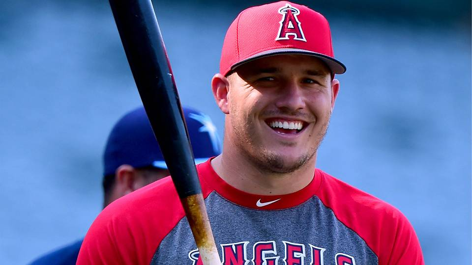 Best reactions to Mike Trout's record-breaking $430M deal ...