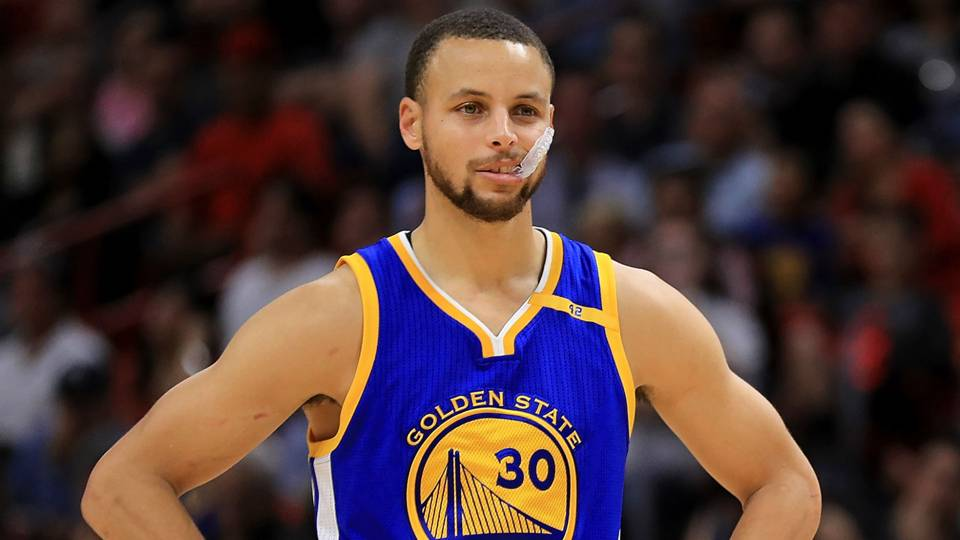 a45b3f7cd0d Brutal reason why Steph Curry wore No. 20 and not No. 30 in high school
