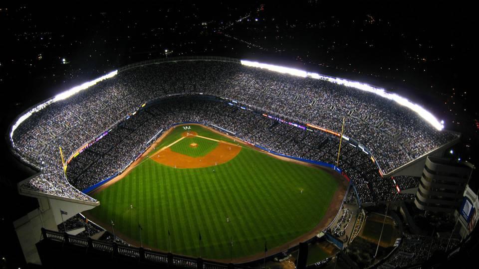 yankee-stadium-night-game-ftr-getty-052315