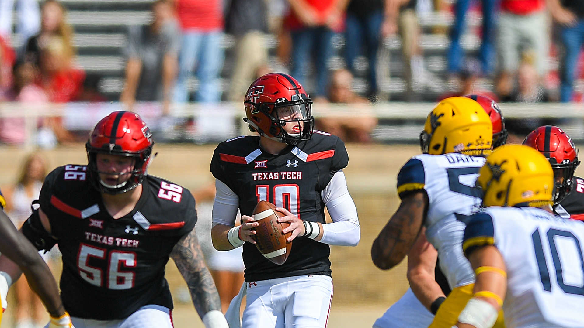 Texas Tech QB Alan Bowman has partially collapsed lung