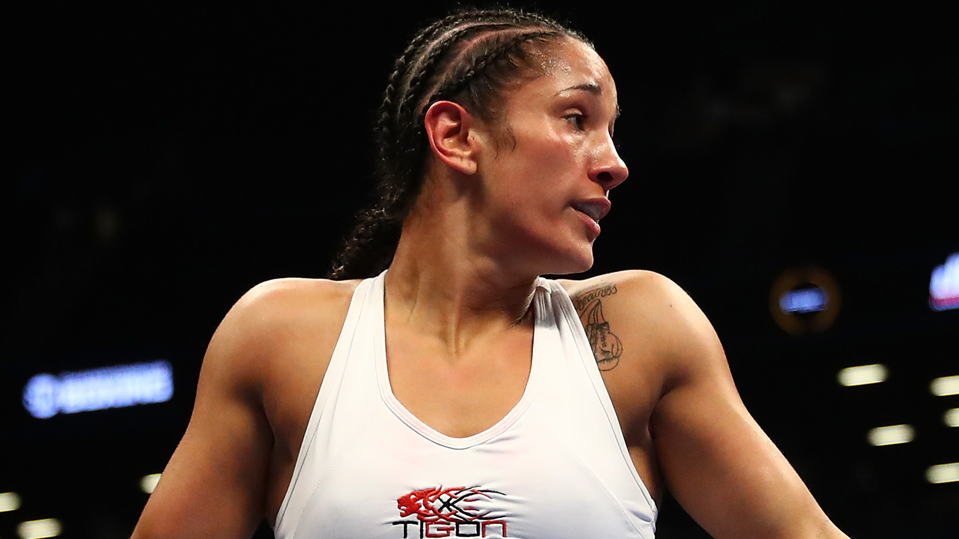 Amanda Serrano can't resist temptation of making boxing history