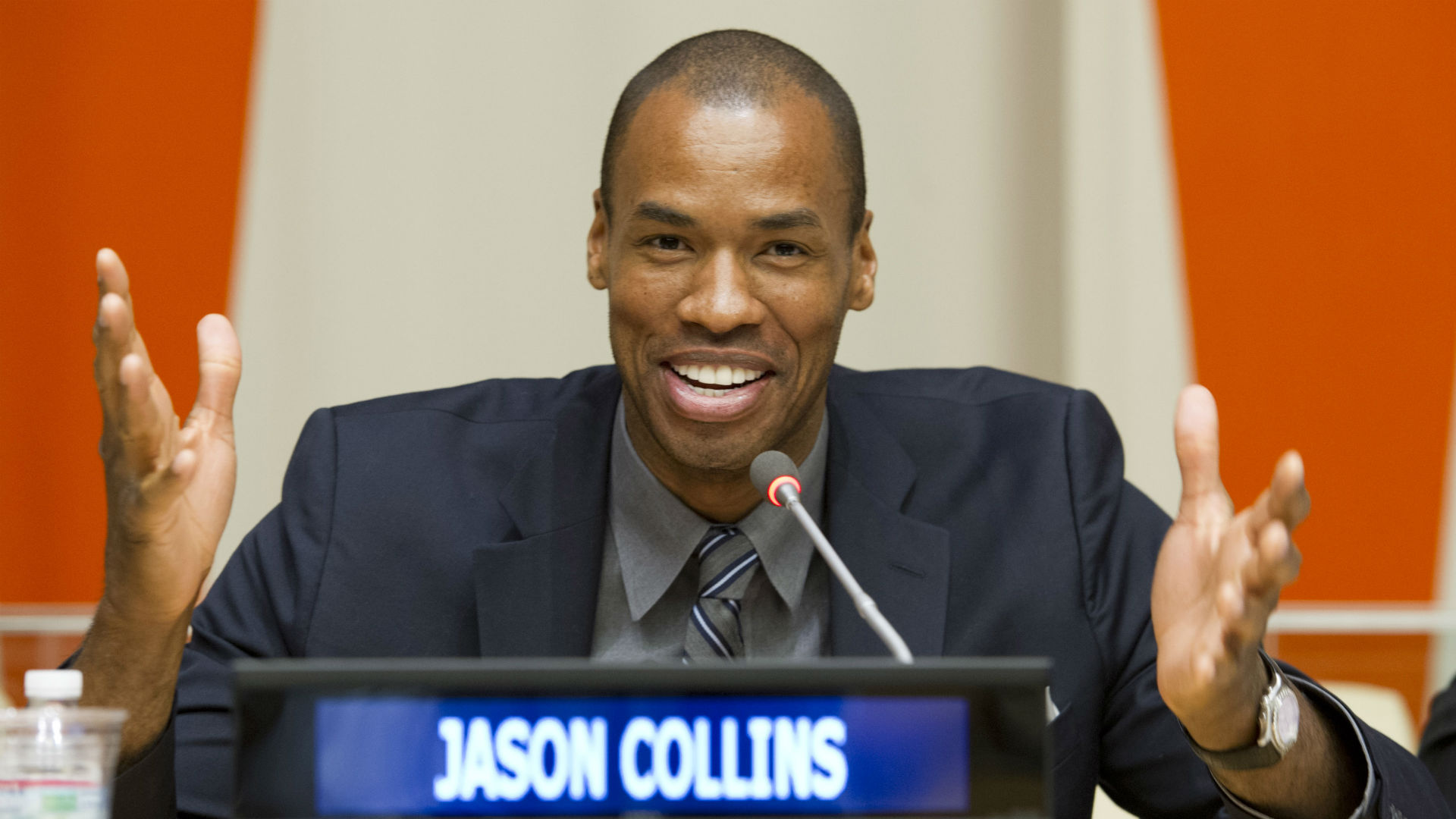 collins-jason1211-ap-ftr.jpg