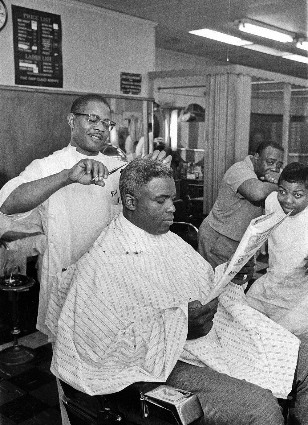 Jackie Robinson: Rare photos from EBONY