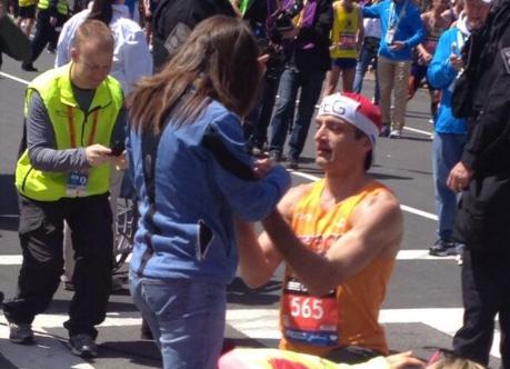 boston-marathon-proposal-042114-twitter-ftr