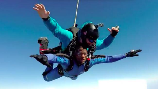 deontay-anderson-skydiving-020316-screenshot-ftr.png