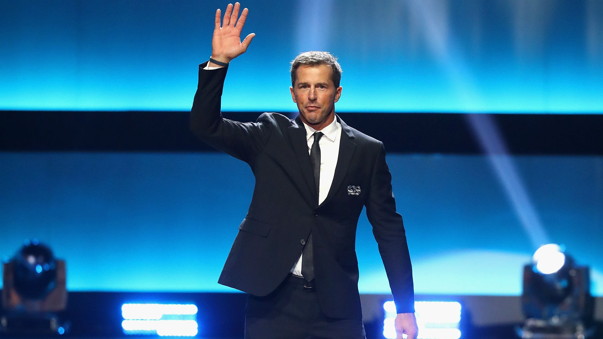 Mike-modano-102017-getty-ftrjpeg_1usxq6dotvdca1xtql7xkvelor