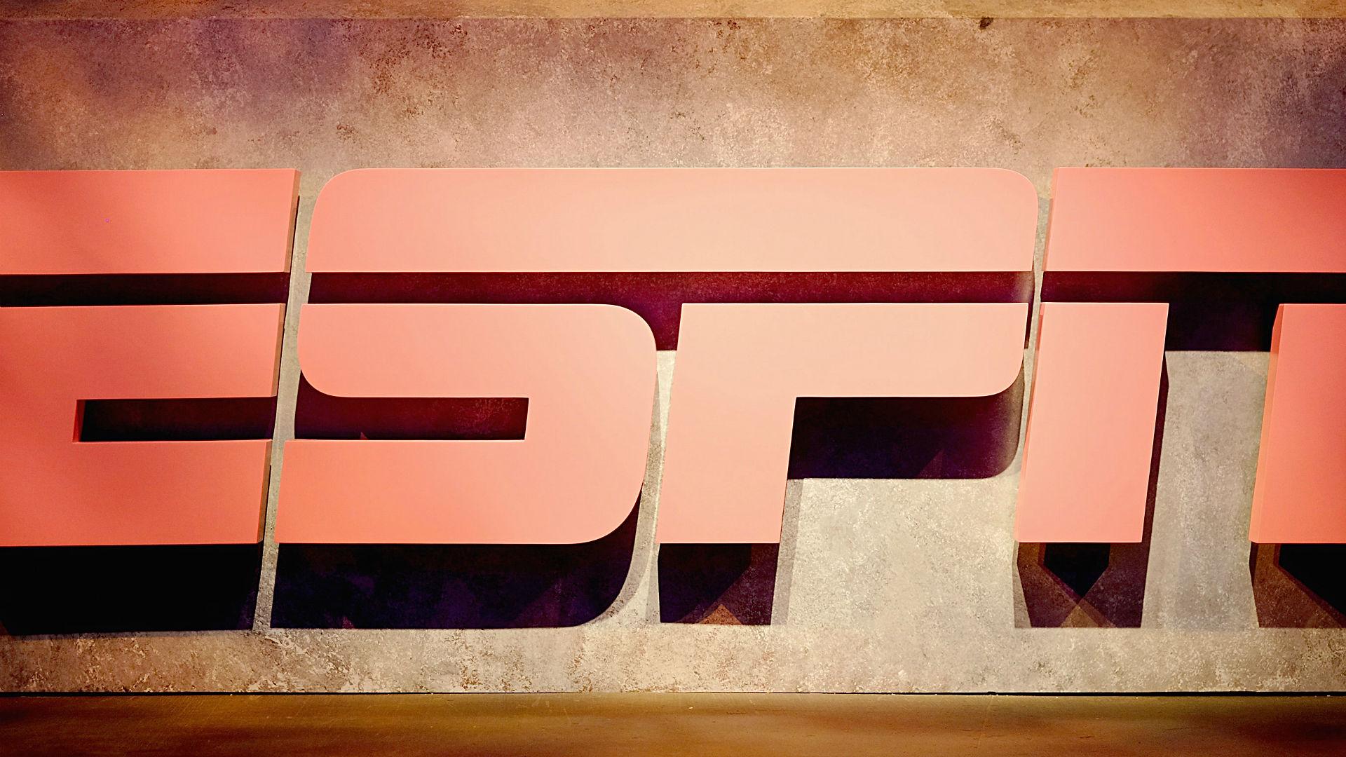 Eric Davis lands new ESPN radio show, will still appear on FS1