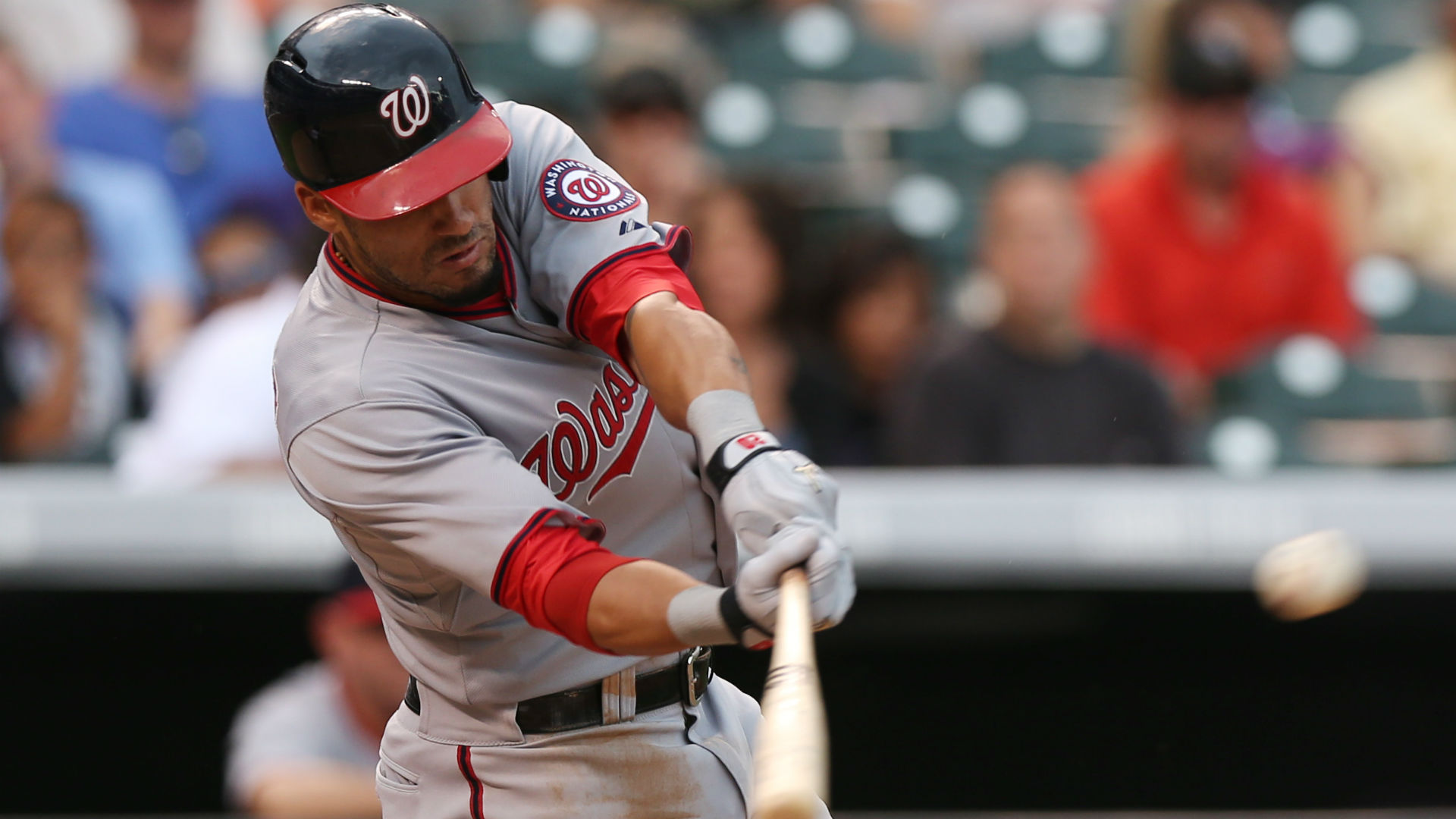 Daily fantasy baseball lineup: Saturday's buy/sell picks for DraftKings leagues