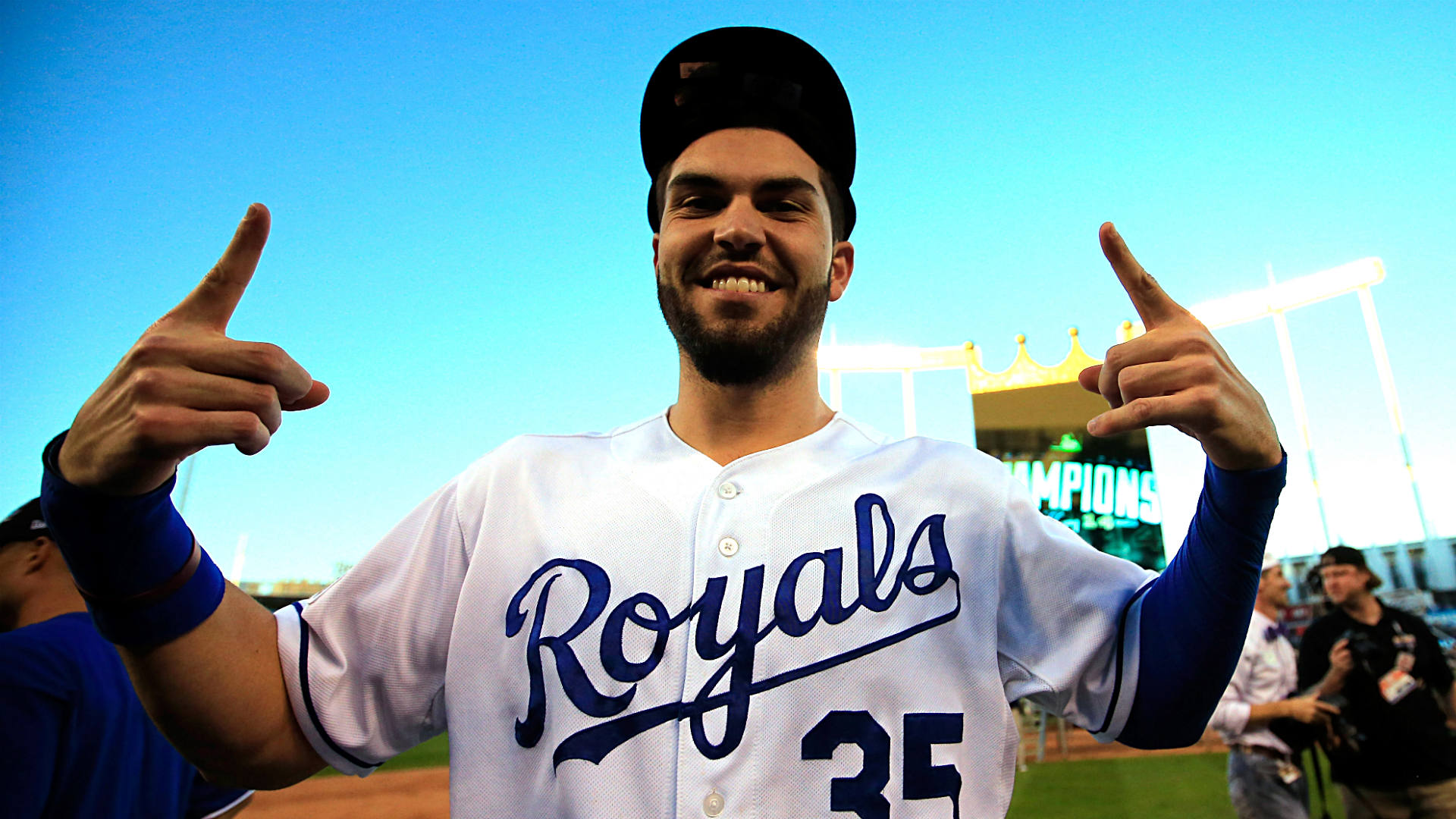 ALCS With A Roster Of Playoff Newbies Royals Rise To The Occasion