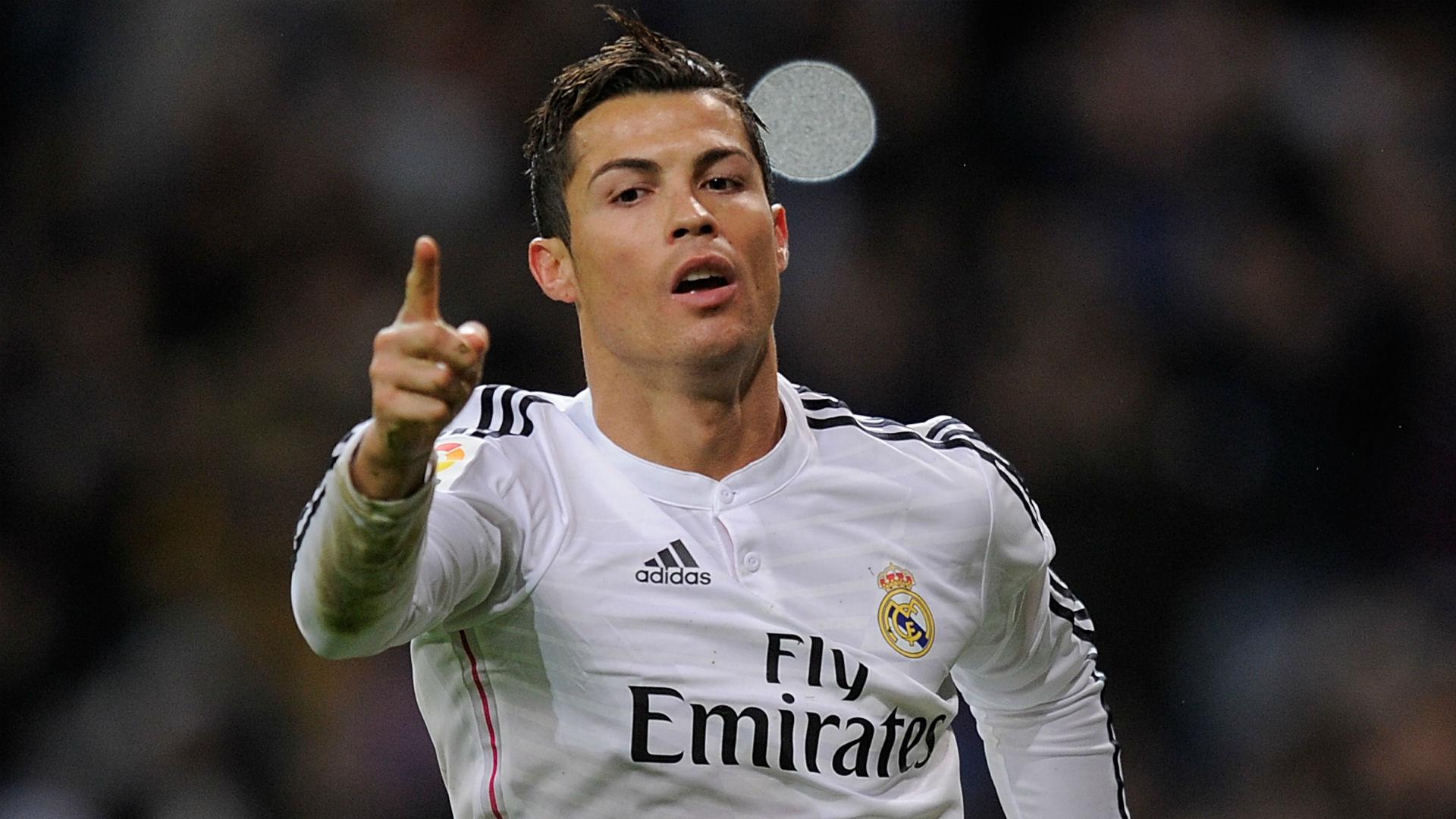 Cristiano-Ronaldo-121514-Getty-FTR.jpg