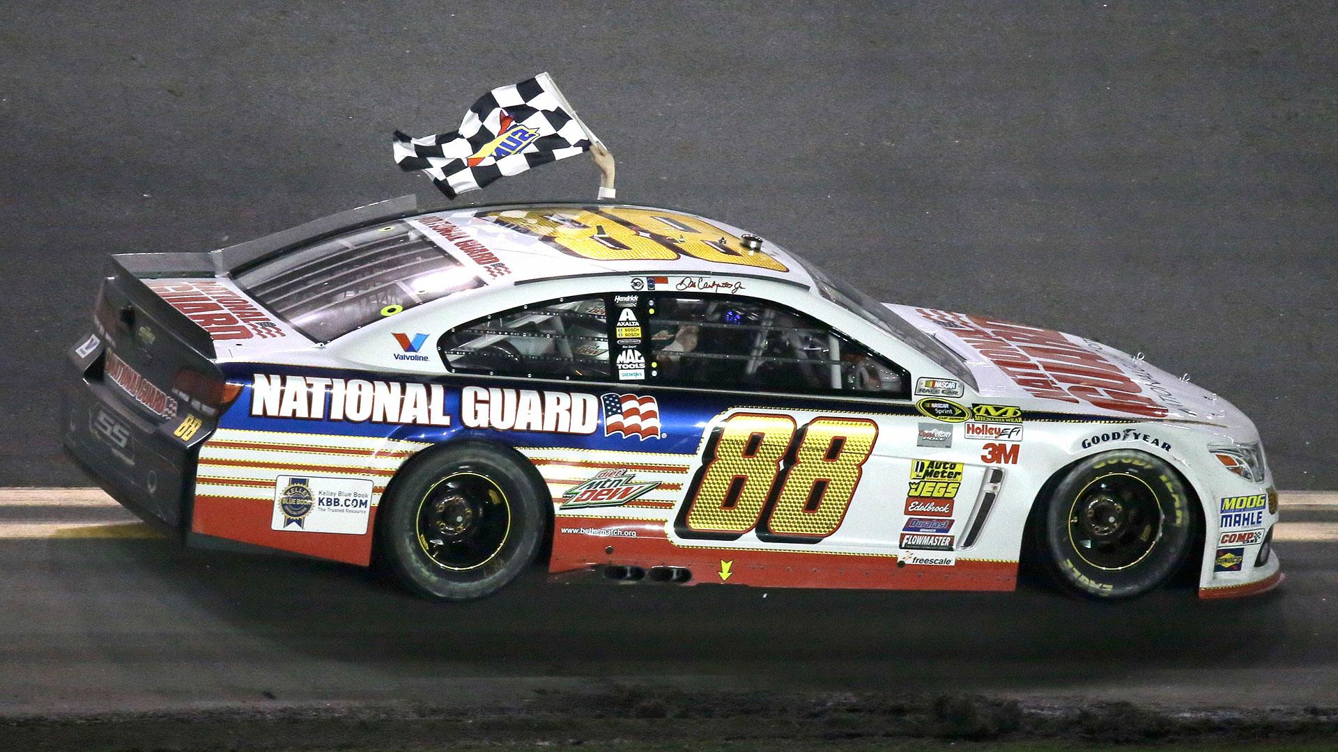 NASCAR-Earnhardt8-040114-AP-FTR