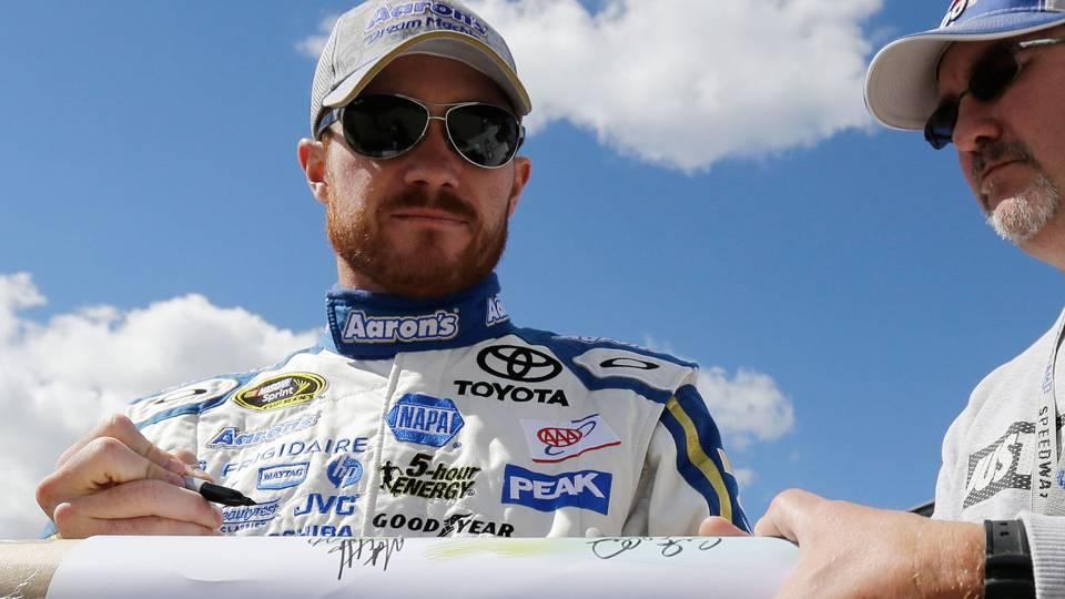 NASCAR-Vickers8-040114-AP-FTR