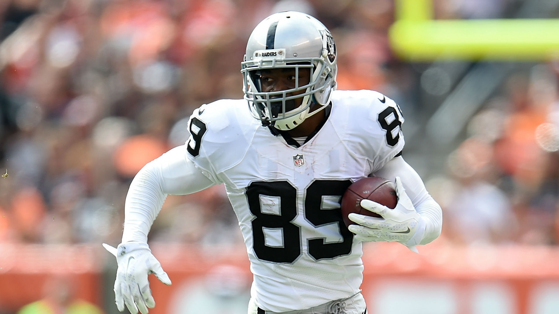 Cowboys trading for Raiders WR Amari Cooper