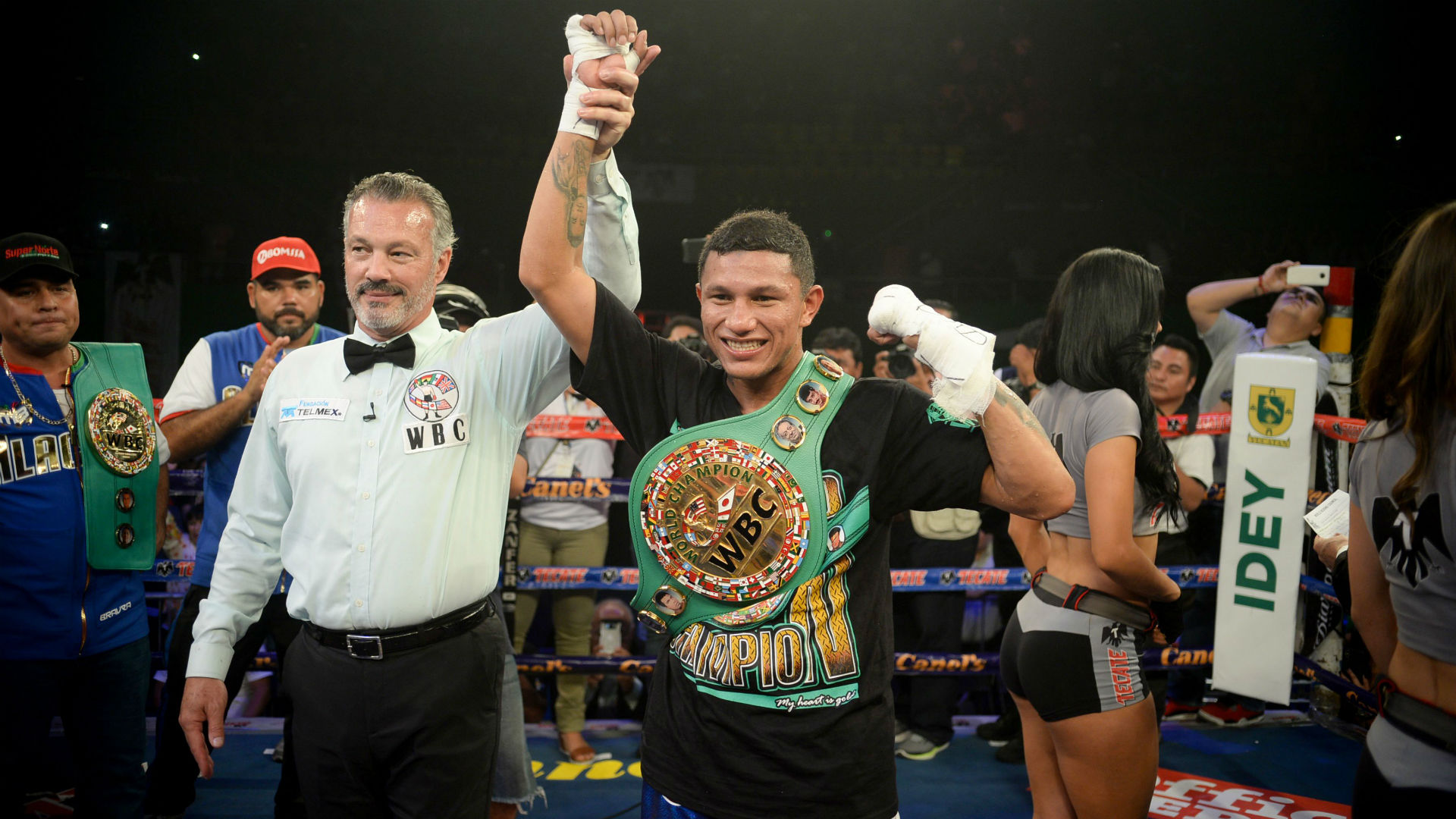 Miguel Berchelt retains WBC belt with knockout of Jonathan Victor Barros