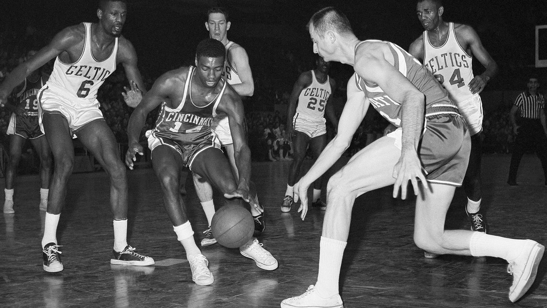 Oscar Robertson was so much more than the guy who averaged a