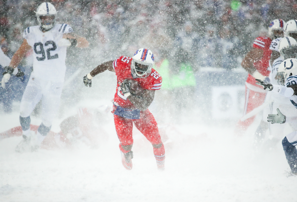 The 'Snow Bowl' could cost Colts kicker Adam Vinatieri a $500000 bonus
