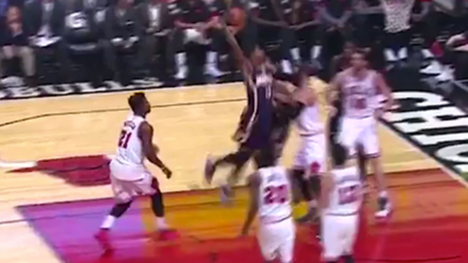 Paul george returns to form with huge dunk on the bulls nba paul george returns to form with huge dunk on the bulls nba sporting news voltagebd Image collections