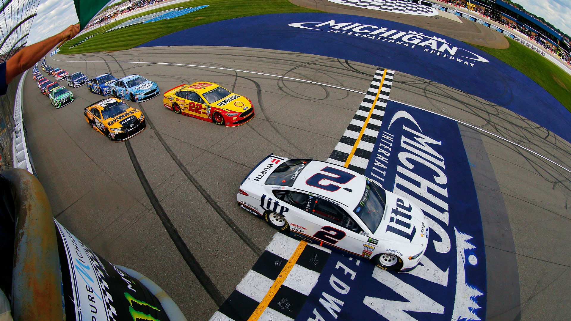 NASCAR at Michigan: Updates, highlights from Consumers Energy 400
