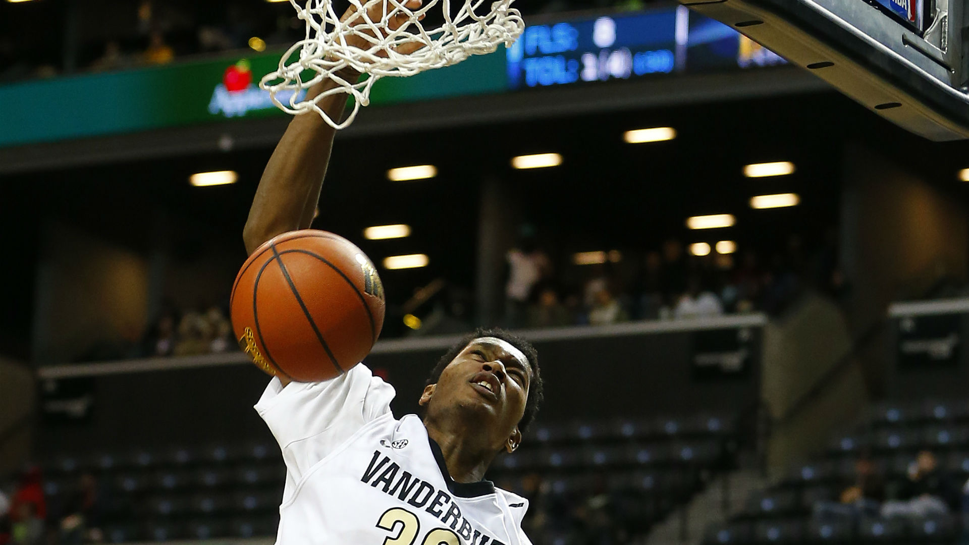 Wednesday college basketball betting lines and picks - Vandy, Kansas battle for Maui