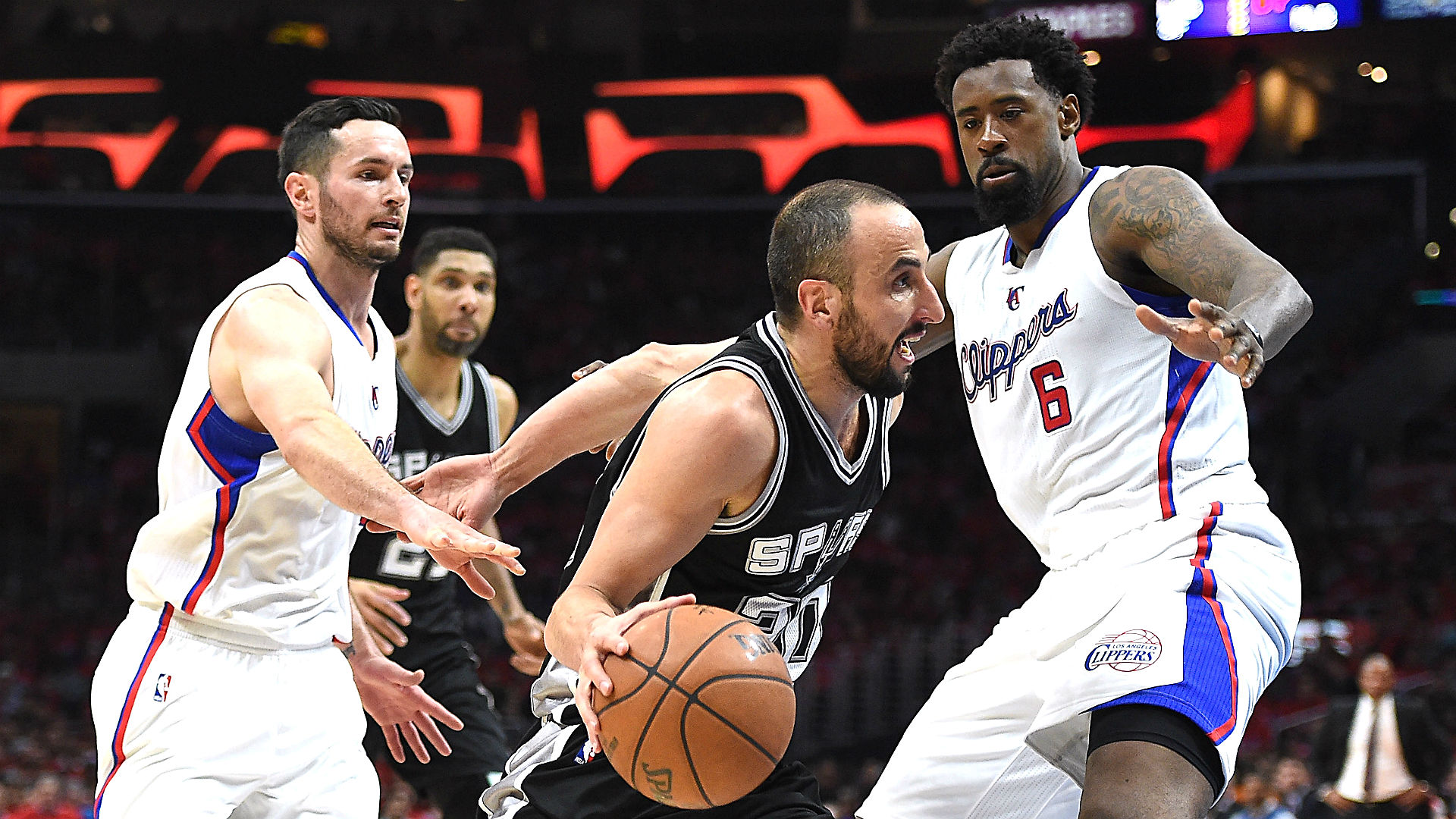 Friday's NBA playoff betting lines and picks – Clippers-Spurs deadlocked; Raptors, Mavs in desperation mode