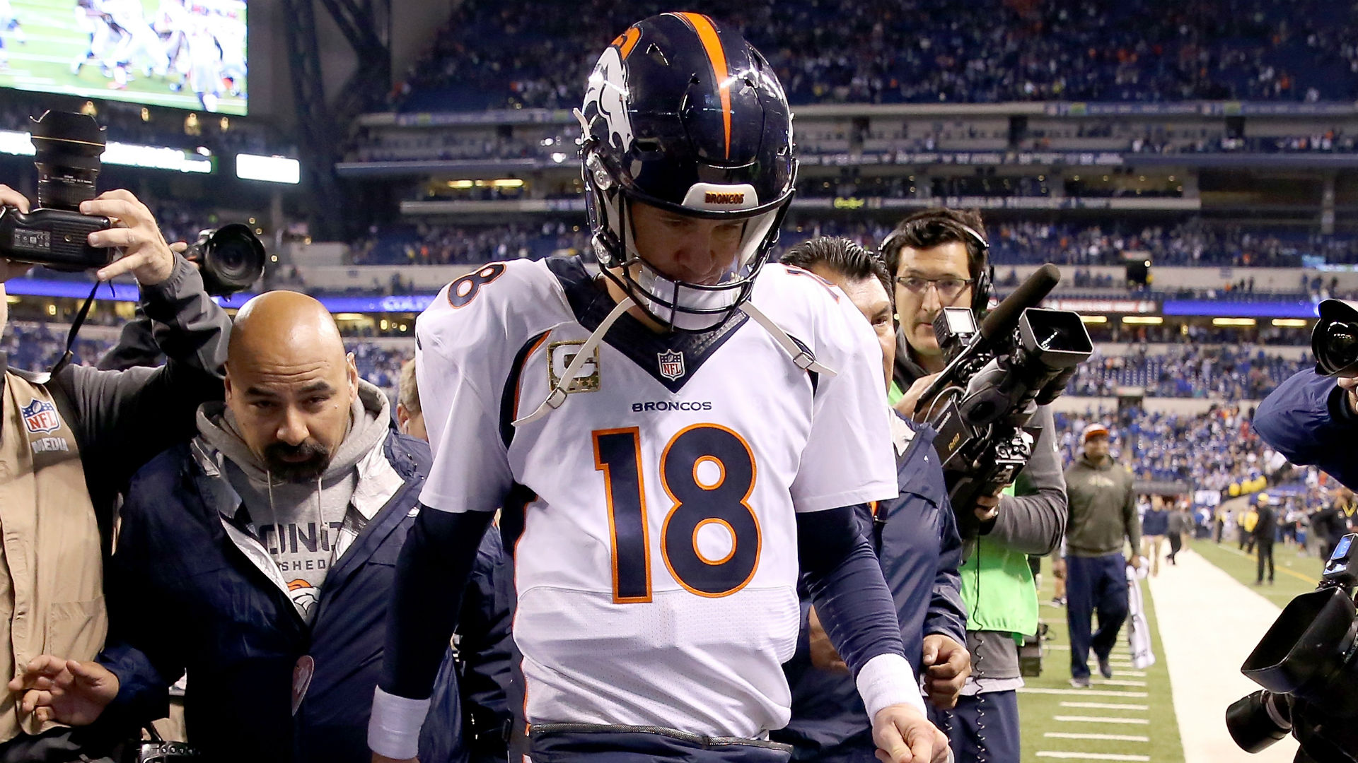Peyton Manning-110815-Getty-FTR.jpg