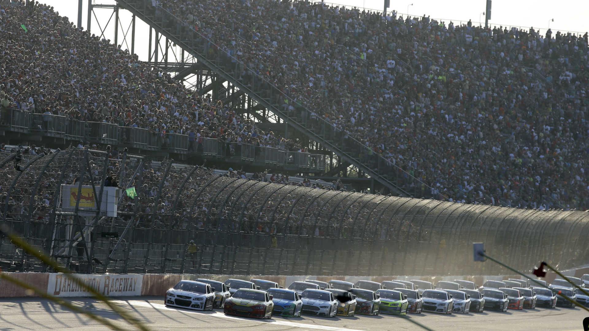 Darlington Raceway-082614-AP-FTR.jpg