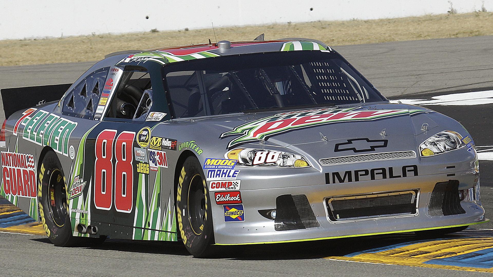 Dale Earnhardt Jr-Sonoma-061814-AP-FTR.jpg