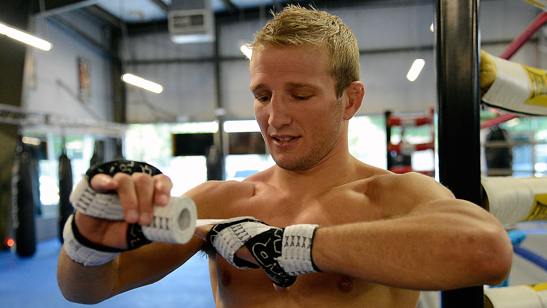 UFC odds and picks — Overreaction creates value in Dillashaw vs. Barao 2