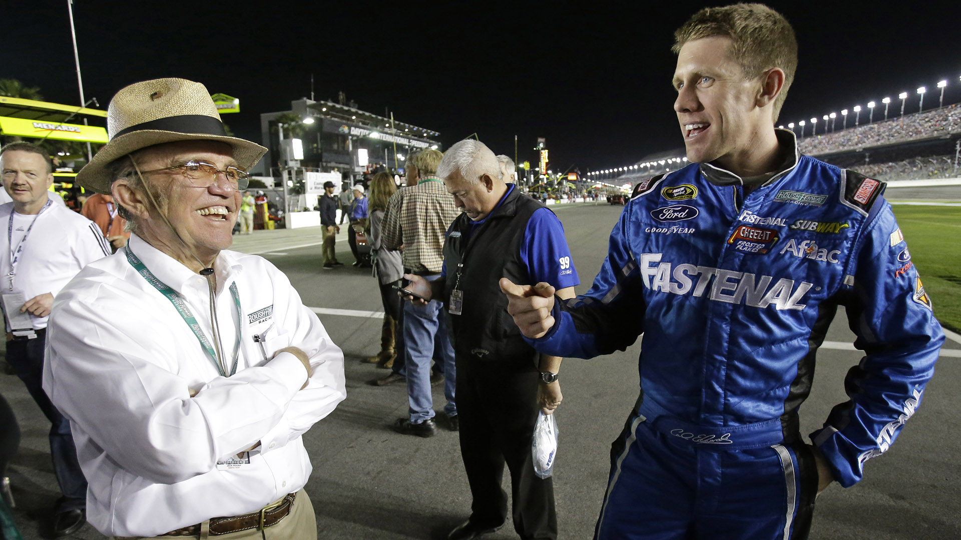 Carl Edwards-Jack Roush-051214-AP-FTR.jpg