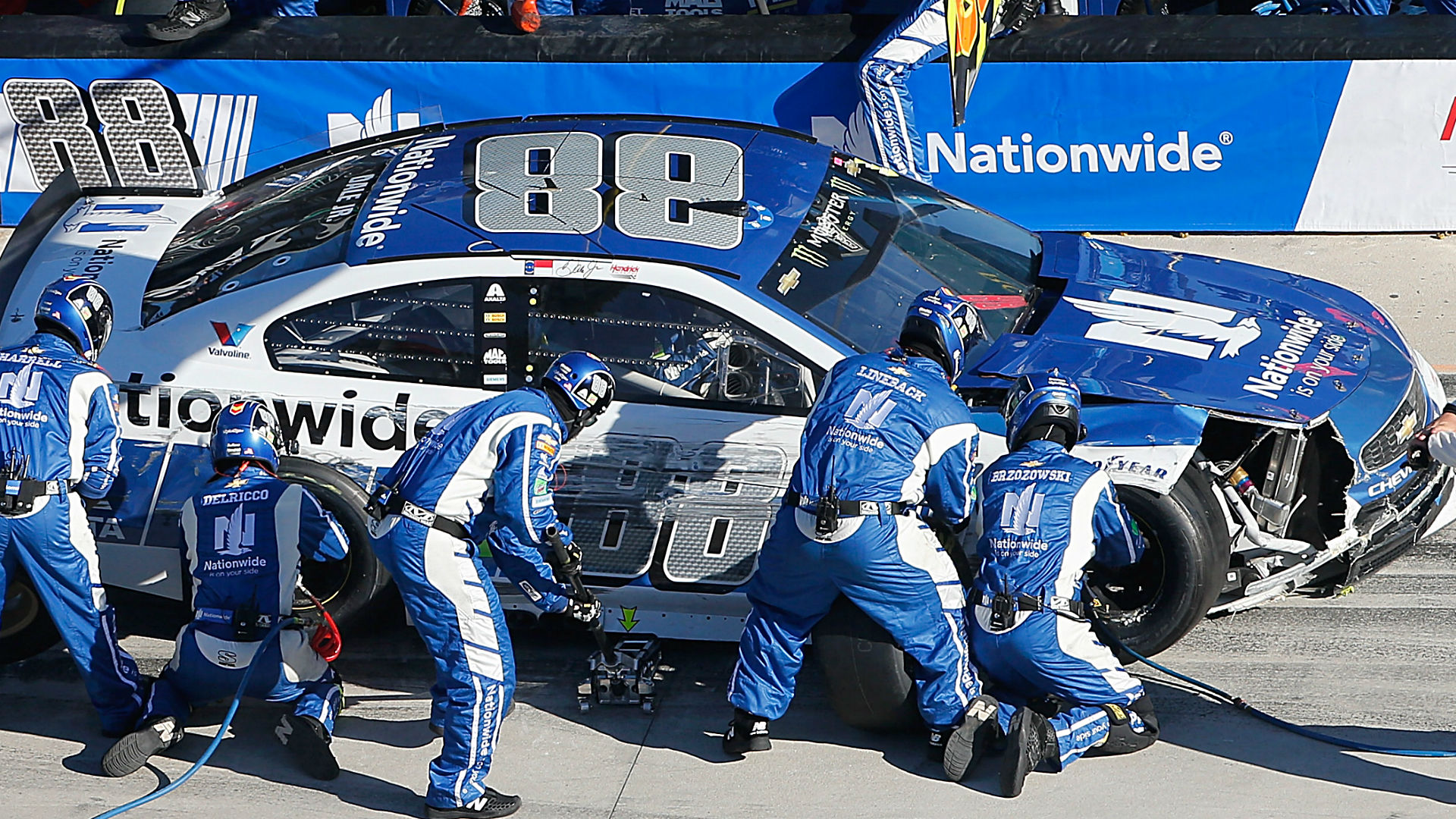 Daytona 500 betting preview: Seven ways to win your NASCAR bets