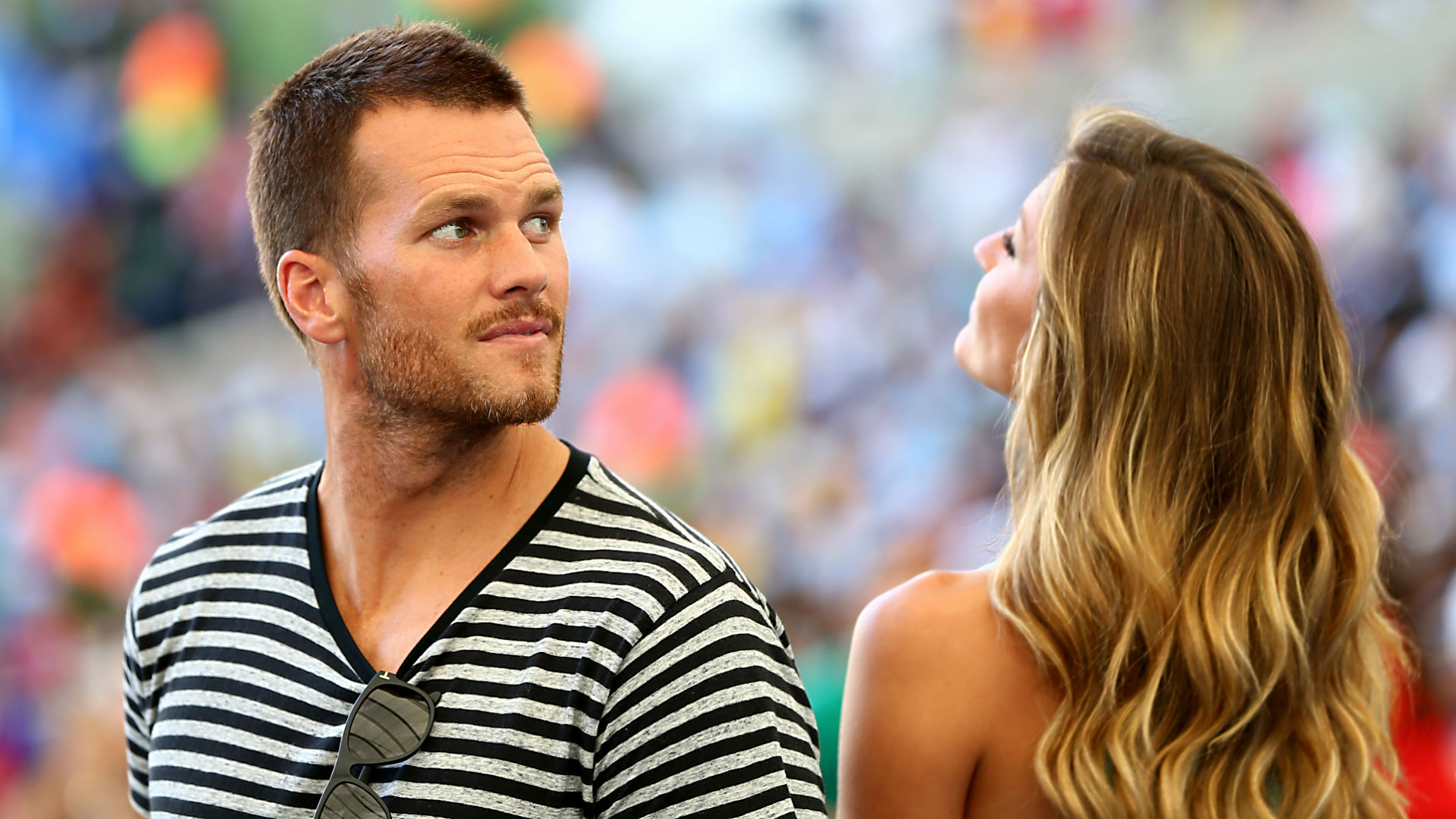 Tom brady bares all while sunbathing with gisele nfl sporting news voltagebd Images