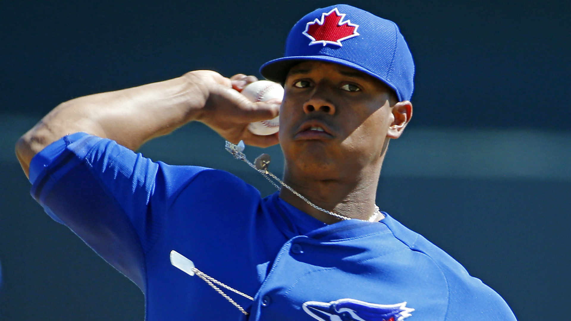 Blue Jays say top pitching prospect could crack rotation this spring