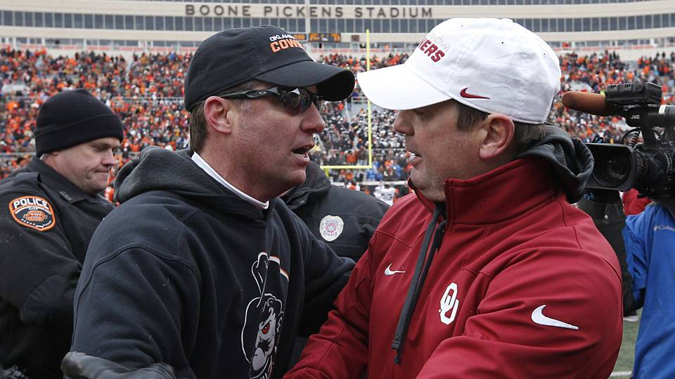 Mike-Gundy-Bob-Stoops-FTR-031914-AP