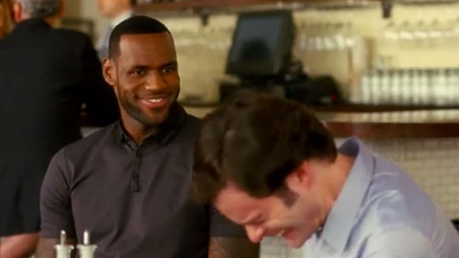 LeBron James cracks up in 'Trainwreck' gag reel