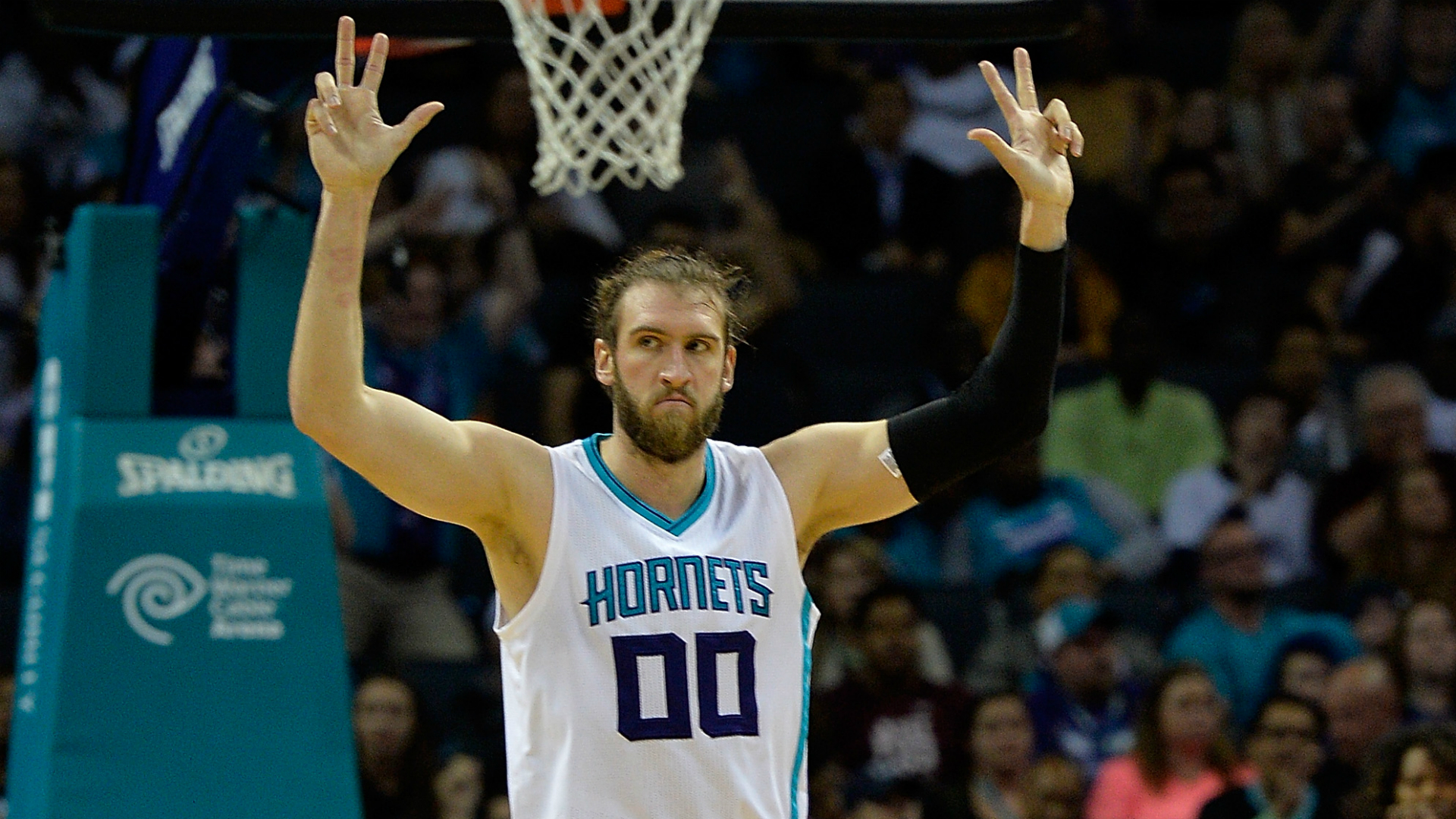 Spencer-hawes-getty-ftr-102416_rottcya39m9e1of9nkb2y2km1