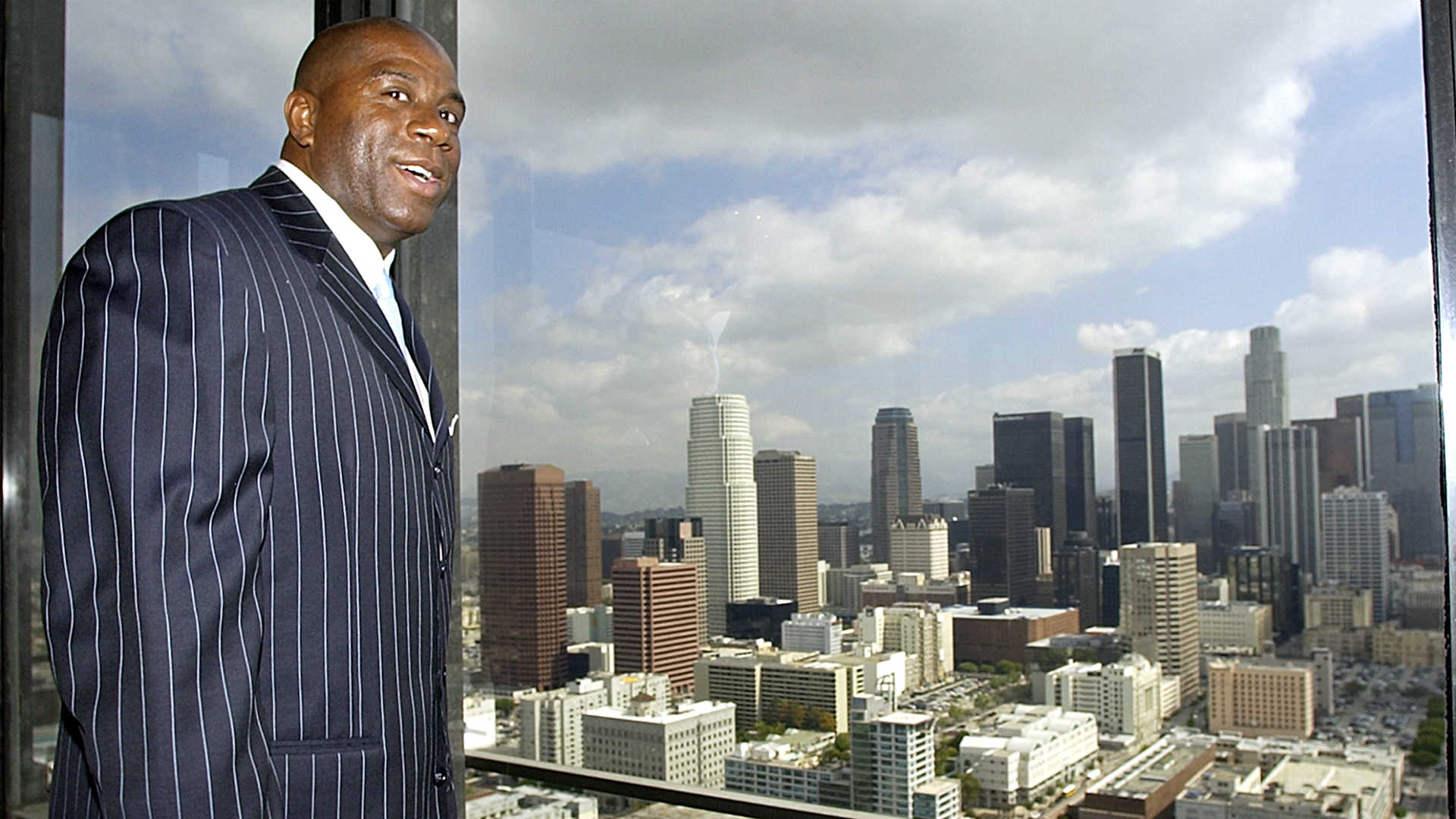 Magic Johnson-1514-AP-FTR.jpg