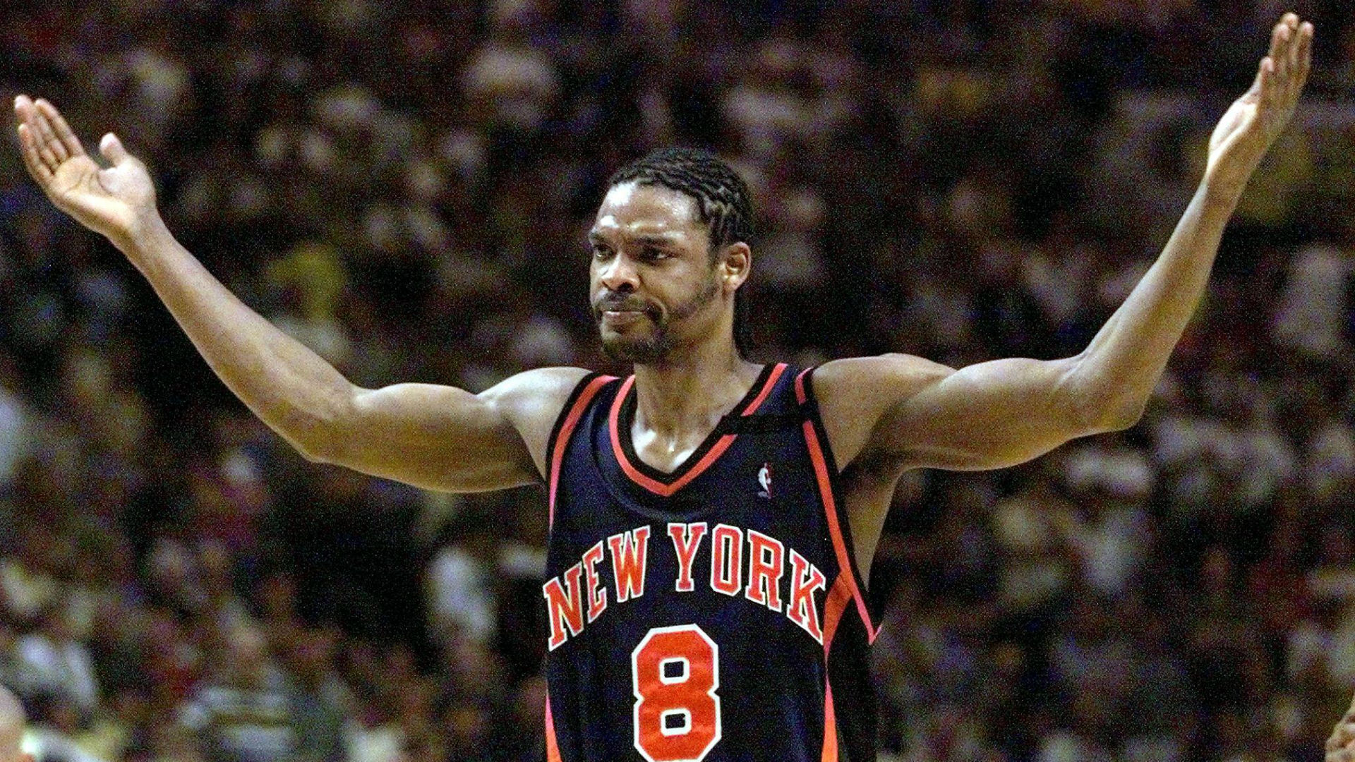 Latrell Sprewell sits with Knicks James Dolan addresses Charles