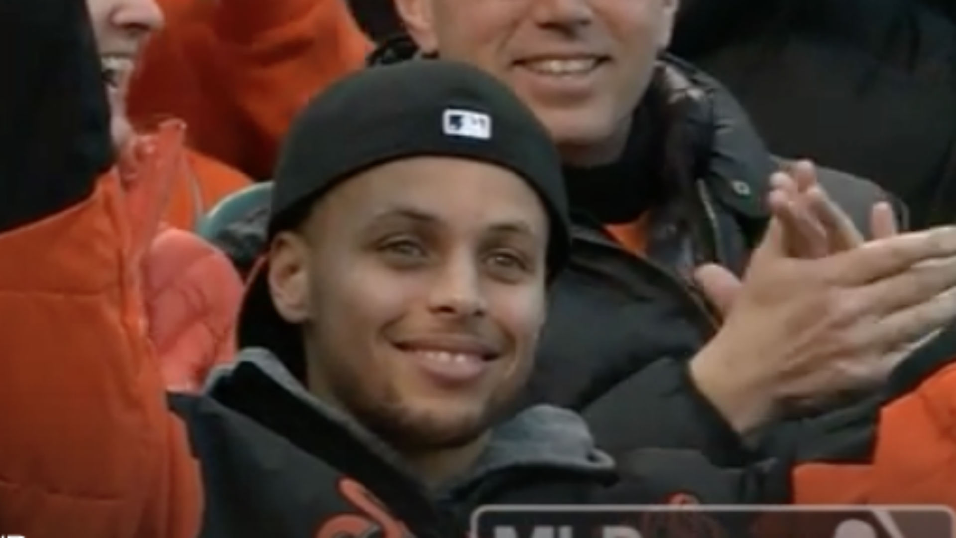 Stephen Curry makes appearance at Giants game