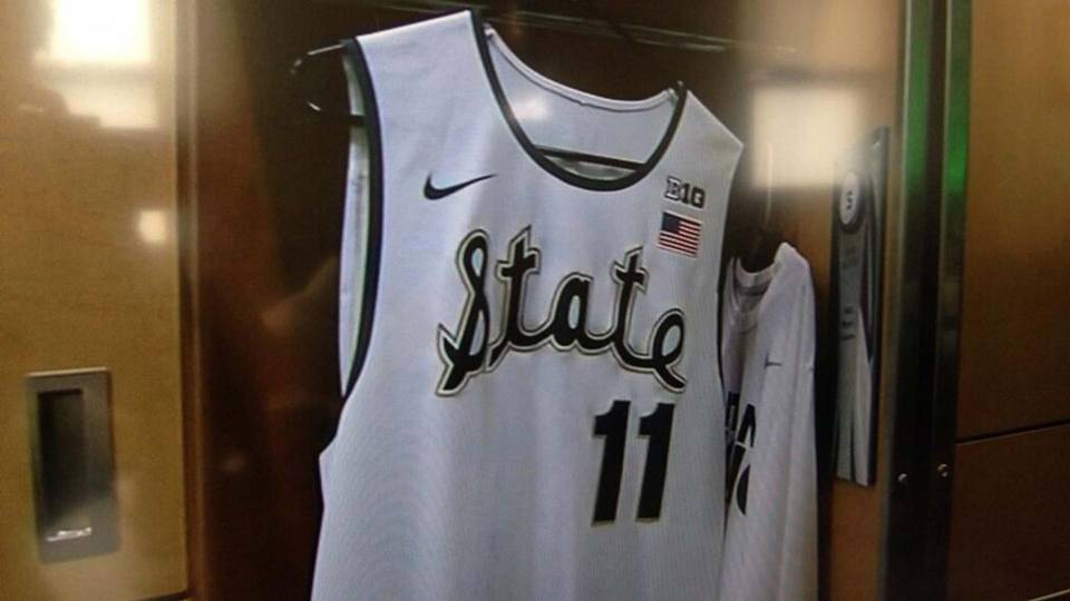 michigan-state-throwback-uniforms-12514-twitter-ftr