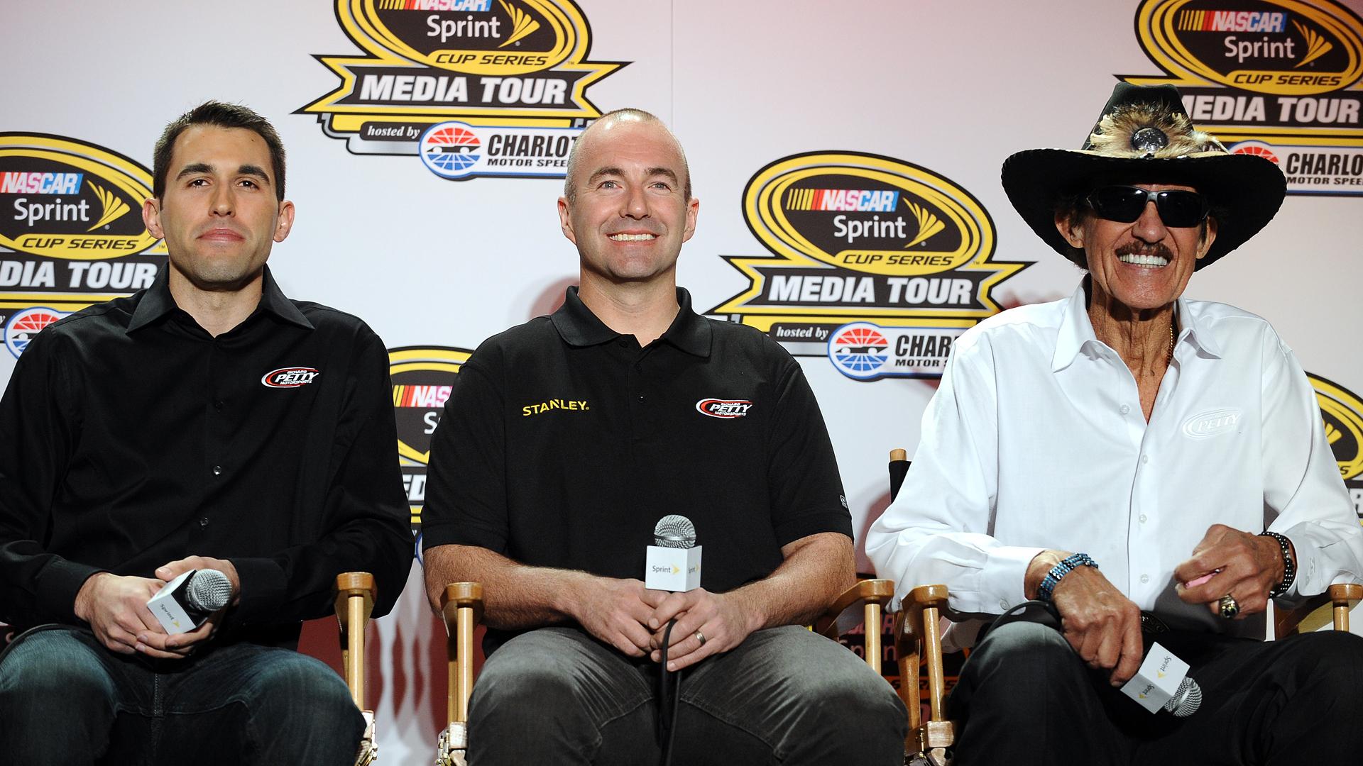 Almirola-Ambrose-Petty-NASCAR-FTR.jpg