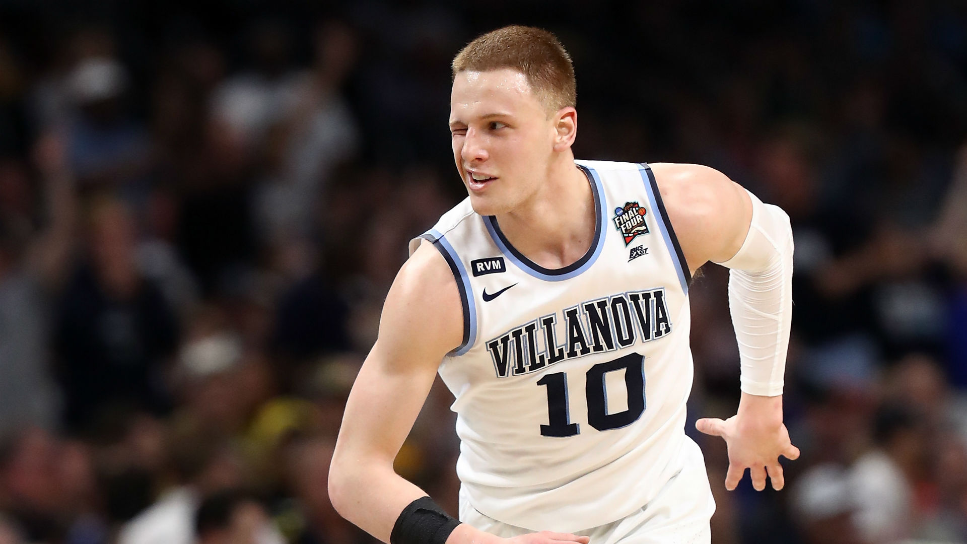NCAA championship 2018: In a wink, super sub Donte DiVincenzo gets Villanova another title ...